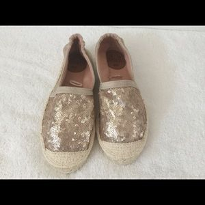 Shoes - Gold sequins espadrilles flats star rose gold